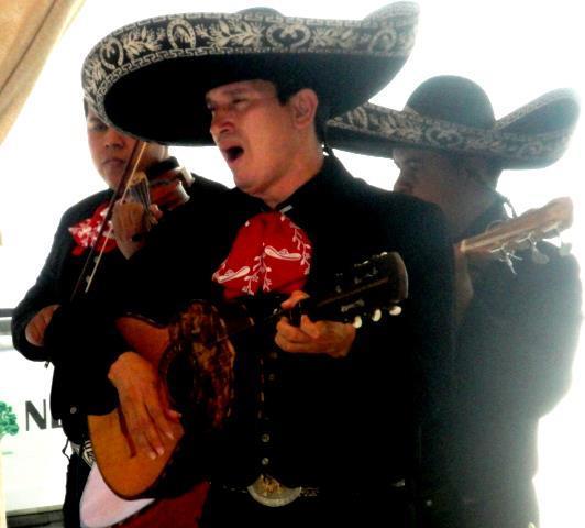 1345650218_431246078_1-Fotos-de--MARIACHIS-DE-GUAYAQUIL-FIESTA-MEXICANA-DE-AFRANIO-TAPIA